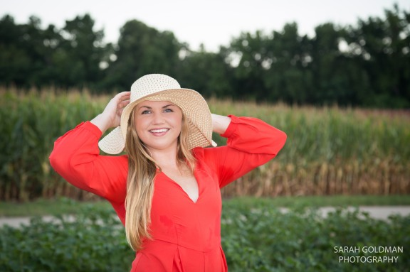 country-themed-senior-pictures (1)
