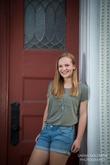 senior photos in downtown charleston