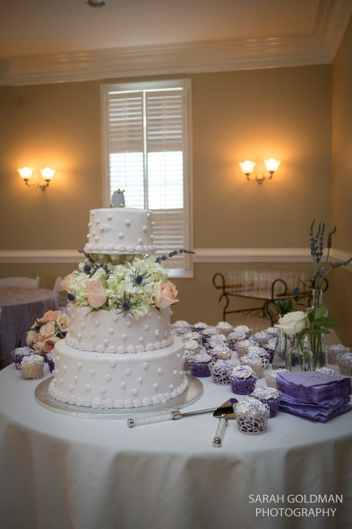 wedding cake and cupcakes by publix